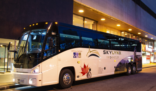 Travel from Vancouver to Whistler by Bus